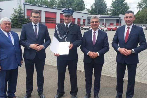Nowy wóz strażacki dla OSP Wielka Wieś z kolejnym dofinansowaniem