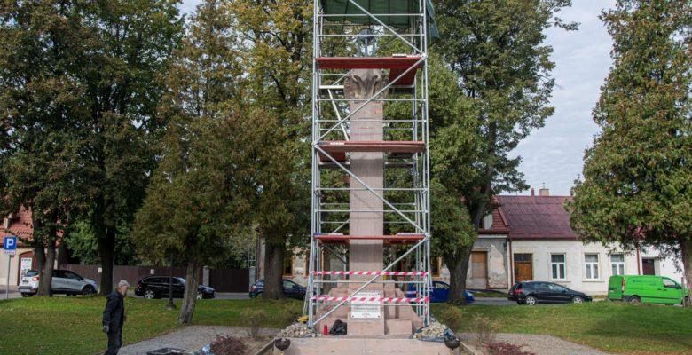 Trwa remont Pomnika Niepodległości